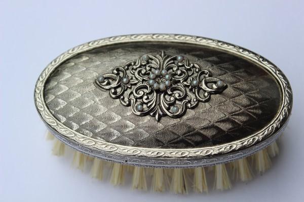 """Kleiderbürste """"silber"""" mit Bronze veredelt und verziert - Perlenaufsatz"""